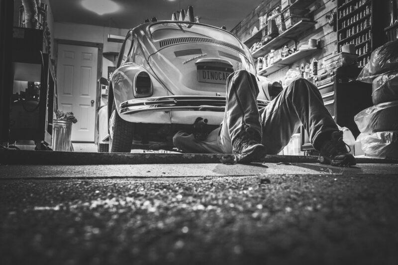 Naprawa samochodu – gdzie naprawiać samochód?