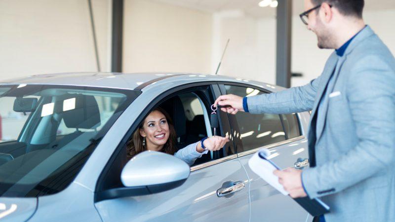 Czas na nowe auto – kiedy warto zastanowić się nad zakupem nowego auta?